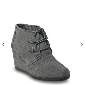 Women's Toms Suede Wedge Shoes